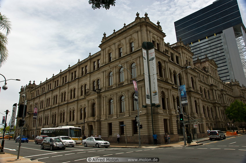 Conrad Treasury Hotel