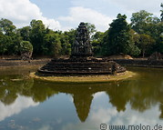 Preah Neak Pean photo gallery  - 6 pictures of Preah Neak Pean