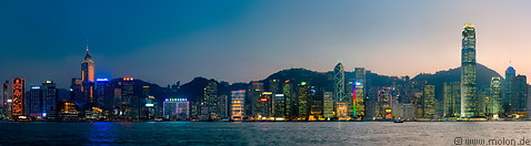 Hong Kong by night photo gallery  - 20 pictures of Hong Kong by night