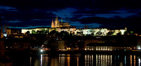 01 Prague castle by night