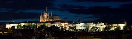 03 Night view of Prague castle