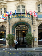 04 Hotel Pariz main entrance